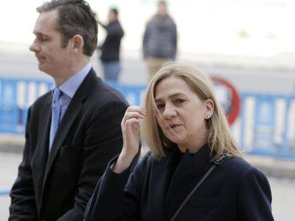 Infanta Cristina and her husband Iñaki Urdangarin arrive in court on Tuesday.