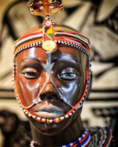 A figure in the Museo Africano Mundo Negro.