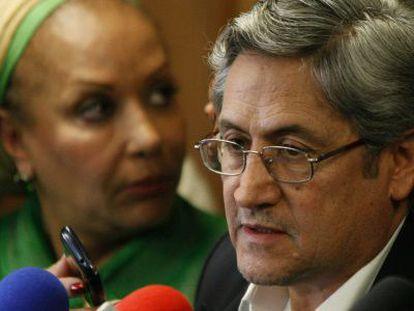 The activist Germán Roncancio and former Senator Piedad Córdoba.