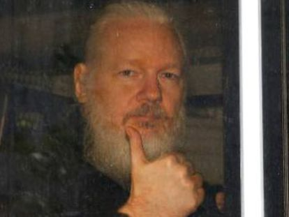EL PAÍS has accessed recordings made of the group who tried to sell the WikiLeaks founder sensitive personal material from his stay at the Ecuadorian Embassy in London