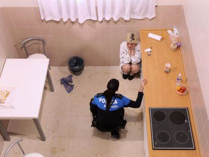 A Spanish police training exercise simulating an episode of gender violence.