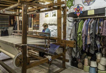 Weaving shop Telares Mercedes in Pampaneira.