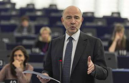 EU Economy Commissioner Pierre Moscovici is expecting Spain to list ways in which it will reduce the deficit in the coming months.