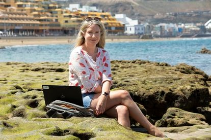 Fiona Murray, a remote worker from Ireland in Las Canteras beach in Gran Canaria.