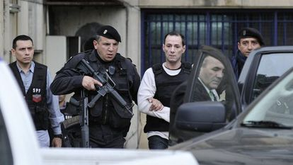 Convicted hitman Martín Lanatta is heavily guarded after testifying in court last August.