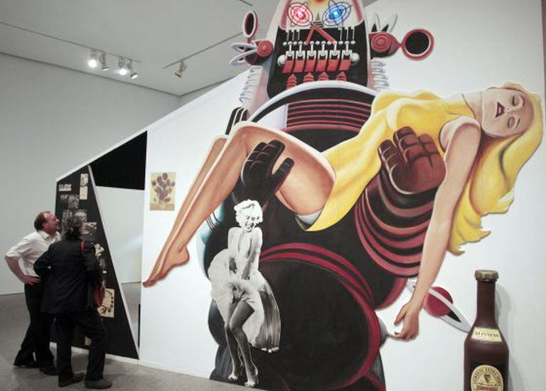 A Hamilton installation created for the 1956 exhibition 'This is Tomorrow,' on display at the Reina Sofía.
