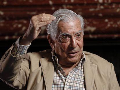 Mario Vargas Llosa presenting his book 'Conversations at Princeton' in Madrid.