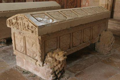The tomb of Doña Mencía de Lara at the monastery of San Andrés de Arroyo  in Palencia province.
