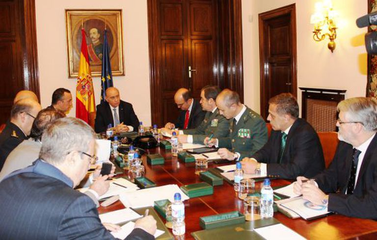 A meeting of the terrorist threat evaluation committee on Tuesday.