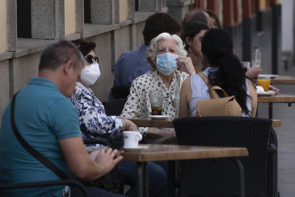 Coronavirus in Spain : Daily coronavirus deaths in Spain rise slightly for second day running , to 95   Society