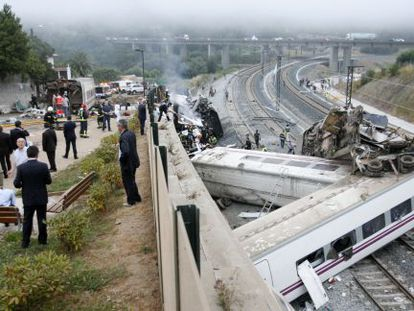 The scene in the aftermath of the July 24 train crash in Angrois, near Santiago.