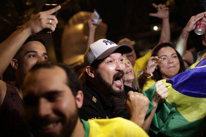 Bolsonaro supporters celebrating in Río de Janeiro.