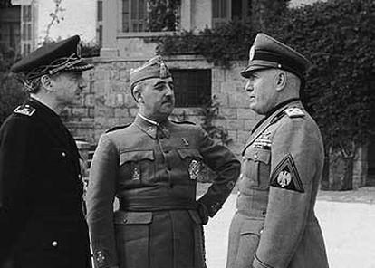 (l-r) Serrano Súñer, Francisco Franco and Benito Mussolini in Bordighera, Italy, in 1941.
