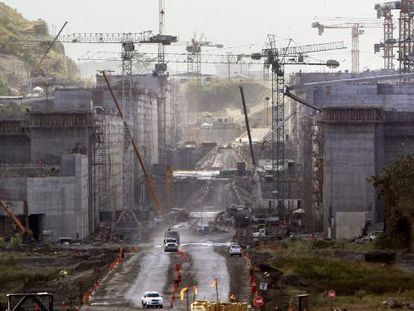 Work being undertaken at the Panama Canal.