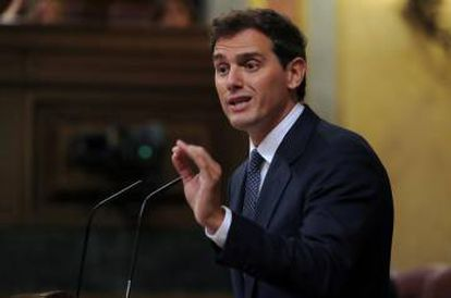 Ciudadanos leader Albert Rivera now says he might abstain at an investiture vote, if certain conditions are met.