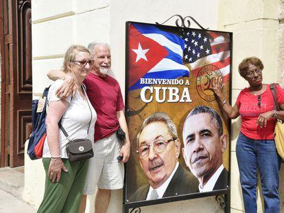 Hale and Madeline Kronenberg (left) in Havana on Sunday.