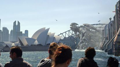A Kaiju takes the Sydney Opera House by storm in Pacific Rim.