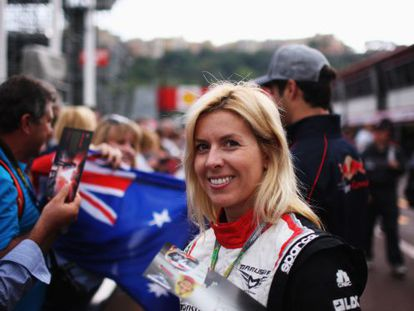 María de Villota of Spain and Marussia signs autographs for fans during previews to the Monaco Formula Grand Prix on May 25.