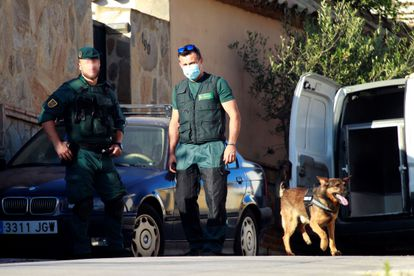 Increased police action in Campo de Gibraltar is thought to have pushed drug operations to Málaga. Pictured is an operation in Algeciras (Cádiz) this summer.