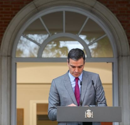 Prime Minister Pedro Sánchez announcing the pardons after the Cabinet meeting on Tuesday.