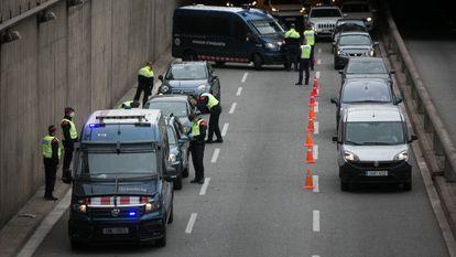 El 9 de abril, en el retén policial a la salida de Barcelona.