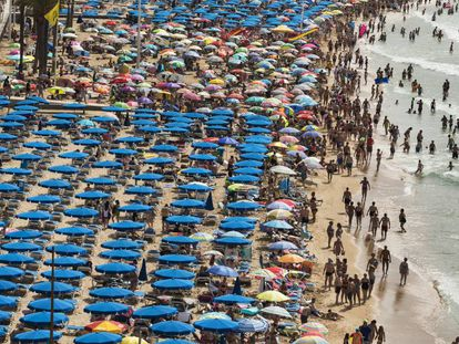 Beach in the popular tourist city Benidorm.