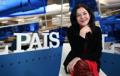 Laura Nuño in the EL PAÍS newsroom.