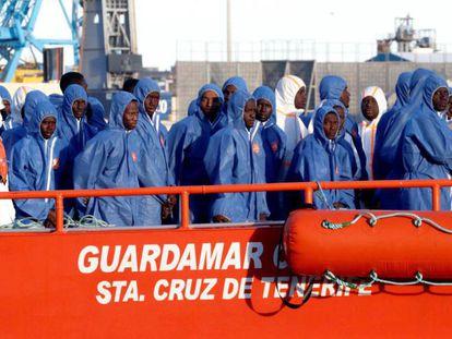 Survivors reach Almería.