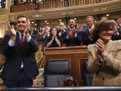 Spanish PM Pedro Sánchez and Deputy PM Carmen Calvo.