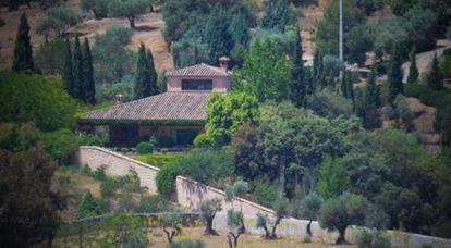 The home of María Dolores de Cospedal and her husband Ignacio López del Hierro in Toledo.