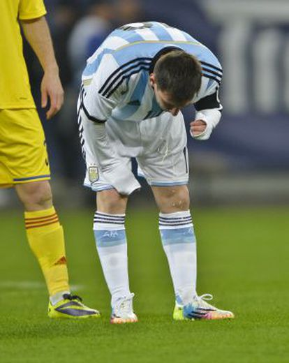 Messi vomits during Argentina's friendly against Romania on Wednesday.