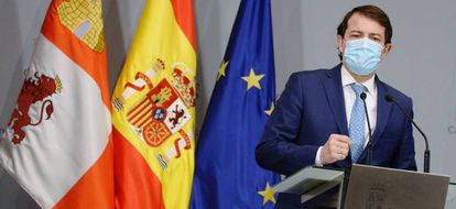 Castilla y León premier Alfonso Fernández Mañueco announcing new restrictions on Thursday.