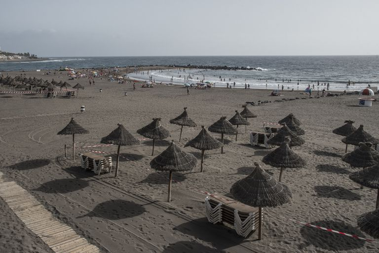 Las Américas beach in Tenerife, where many businesses are closed due to the coronavirus crisis.