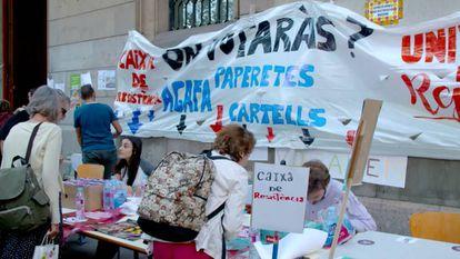 Referendum information stand at Barcelona University.