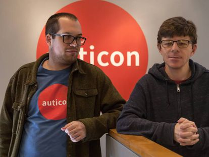 Andrew Ring and Evan Rochte, employees at Auticon's office in Santa Monica, California.