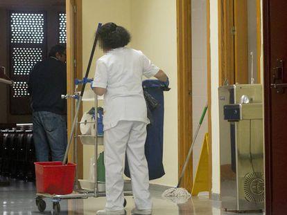 A cleaner at Seville University.