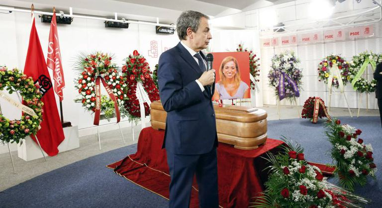 Former PM José Luis Rodríguez Zapatero at the wake.