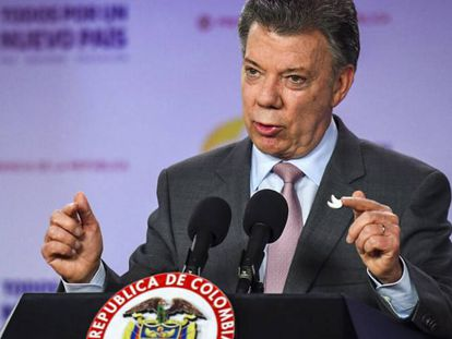 Colombian President Juan Manuel Santos announces the end to the ceasefire.