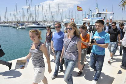 Russian travel agents visit Torrevieja in Alicante province.