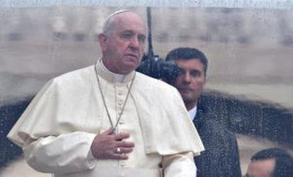 Pope Francis has pledged to investigate all claims of pedophilia in the Church.