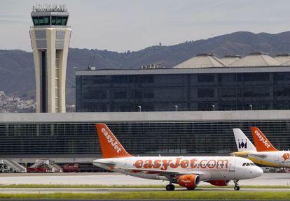 EasyJet planes at Málaga airport.