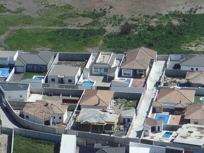 A view of the drug dealer mansions in La Línea.