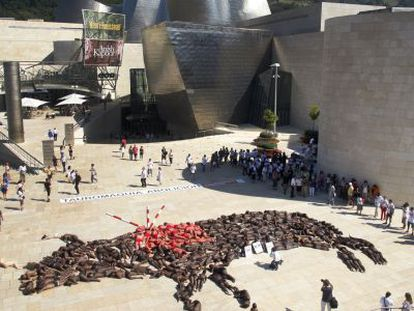 Animal rights activists protest against bullfighting in front of the Guggenheim Bilbao in 2010.