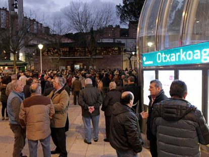 Funeral for the elderly couple in Bilbao.
