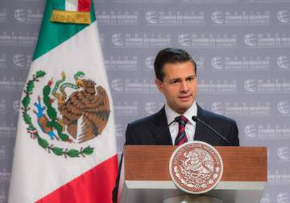 Mexican President Enrique Peña Nieto is being asked to stand up to Donald Trump.