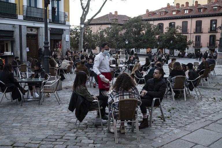 An open sidewalk café in Madrid.