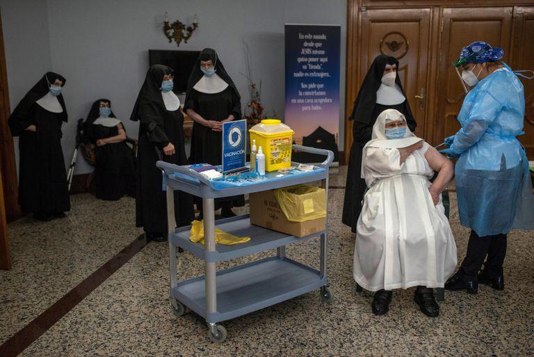 A nun receives the Covid-19 vaccine in Galicia