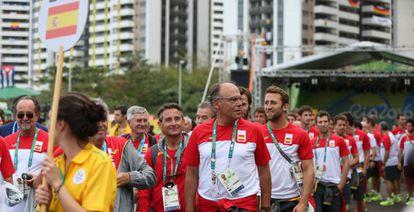 The Spanish delegation after hoisting the flag inside the Olympic Village.