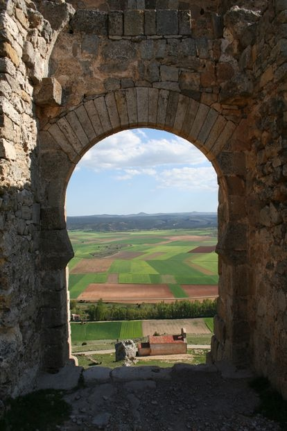 View of the San Miguel hermitage from the caliphal gate of the castle of Gormaz.