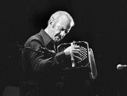 Astor Piazzolla performing in Paris in 1977.